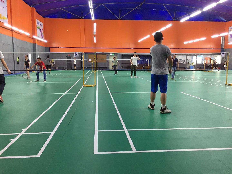 塞伯罗斯羽毛球活动01